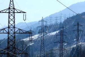 power-poles-287345_640